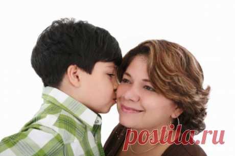 """8 марта в 20-00 мы с Кларой проводим бесплатный вебинар """"Я и ребенок.Основы гармоничных отношений"""" о том,  КАК  - понимать внутренний мир Вашего ребёнка; - выражать свои чувства так, чтобы ребёнок Вас понимал; - слушать ребёнка так, чтобы он хотел Вам открываться; - находить решения конфликтов, удовлетворяющие Вас  и ребёнка."""