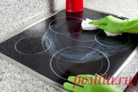 Разные способы чистки стеклокерамической поверхности плиты