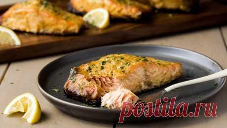 Жареная маринованная рыба (лосось)