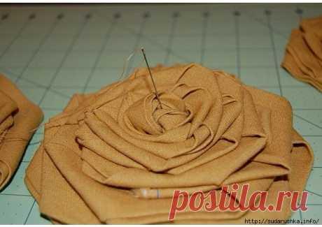 Для тех, кто любит бохо. Идеи текстильных цветов
