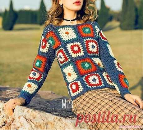 """Яркий пуловер из разноцветных """"бабушкиных"""" квадратов. Эти модели для любительниц мотива """"бабушкин квадрат"""". Благодаря красивому сочетанию цветов они смотрятся просто замечательно! Общая длинна 54 см. Длинна рукавов 41 см."""