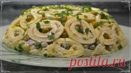 Праздничный вкусный салат «Шарлотка». Попробуйте и удивите своих гостей
