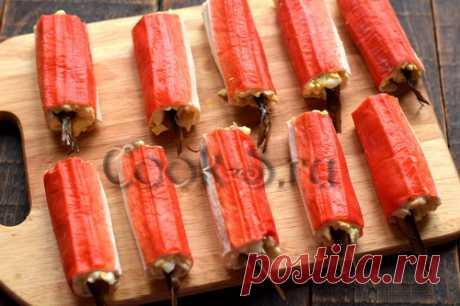Крабовые палочки со шпротами – рецепт с фото