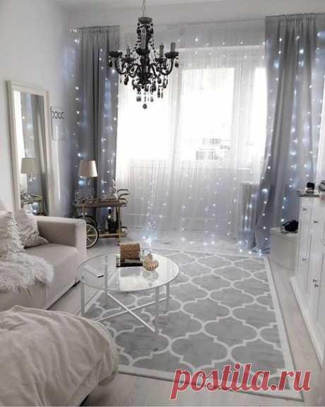 Уютный красивый интерьер комнаты