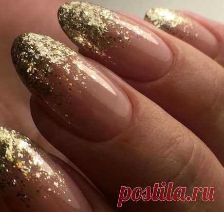 Омбре на ногтях: фото красивого дизайна 2021 и модные тенденции. Ухоженные ногти с красивым и интересным дизайном всегда привлекают внимание. На сегодняшний день техник оформления ногтей великое множество. Маникюр омбре, или как его еще называют, градиент или деграде – один из востребованных видов маникюра. Так как он подходит и на короткие и на длинные ногти. Омбре хорошо сочетается с любыми декоративными элементами и может быть самостоятельным вариантом маникюра.