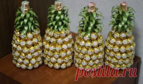 Как сделать ананас из шампанского и конфет - Цветы жизни