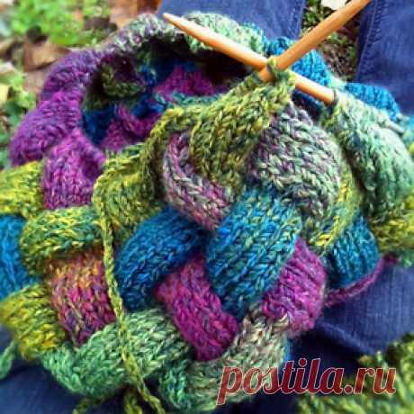 Урок по вязанию на спицах: плетёный узор в стиле энтрелак