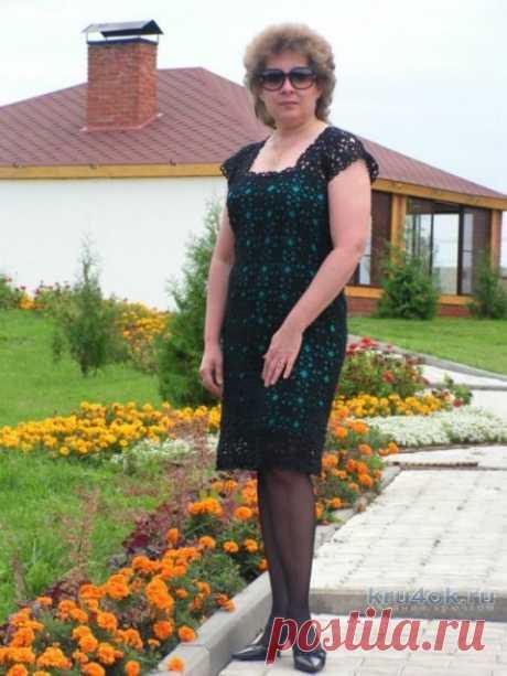 Ажурное платье из мотивов крючком
