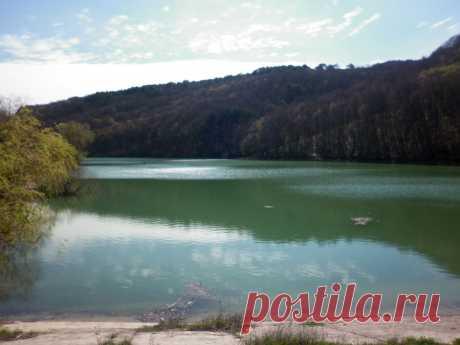 Запруда на речке Альтадор