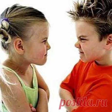 Детская агрессия – явление очень распространенное.  Многие родители теряются, не зная, как себя вести, если ребенок вдруг становиться агрессивным, сомневаются, насколько нормальными являются подобные проявления.