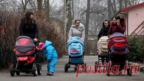 Государство заплатит за первенца Государство начнет платить пособие за рождение первого ребенка.Программа материнского капитала будет продлена до 2022 года, а при рождении первого ребенка власти начнут выплачивать ежемесячные пособия...