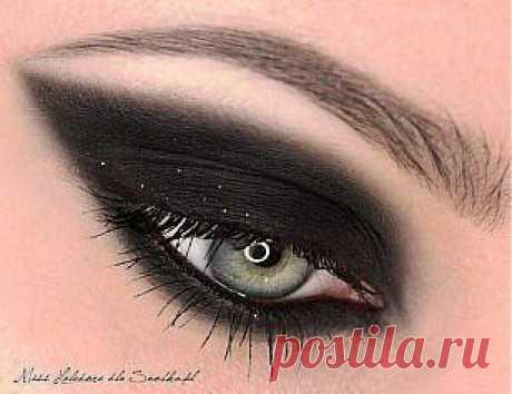Пошаговый урок макияжа smoky eyes