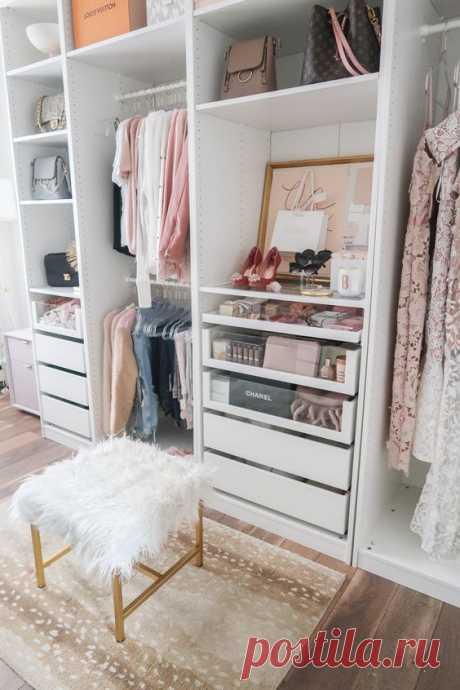 45 блестящих идей организации гардероба - страница 29 из 45 - VimDecor Наличие практичного и красивого гардероба-это почти мечта для многих городских мужчин и женщин. Но сама тесная жилая среда уже переполнена, не говоря уже о дополнительном пространстве для создания отдельной гардеробной комнаты. Но на самом деле, это не невозможно построить небольшую комнату шкафа в спальне. Есть …