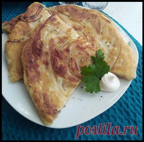 Вкусная и полезная замена покупному хлебу - готовлю луковые лепешки на сковороде, которые обожает вся семья