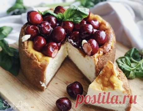 Нежный чизкейк. Ингредиенты: печенье, сливочное масло, сыр сливочный