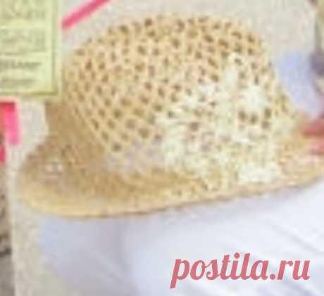 Летняя вязанная шляпа