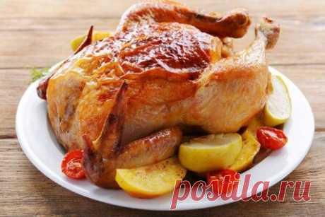 15 отличных рецептов курицы в рукаве в духовке Рукав для запекания хорош тем, что в него можно сложить и приготовить буквально все что угодно. Сегодня хотим поделиться лучшими рецептами курицы в рукаве – целиком, по частям, с гарниром или...
