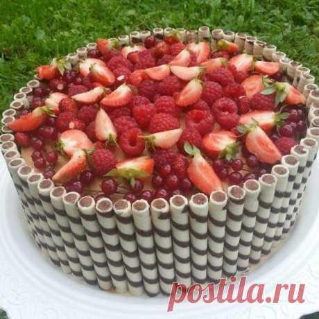 Научил один кондитер! Самый необычный летний десерт! Медовик с фруктами!