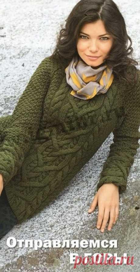 Пуловер с узором Косы спицами