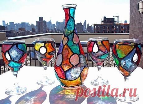 La pintura por el cristal vitrazhnymi por los tintes: la clase maestra por la técnica