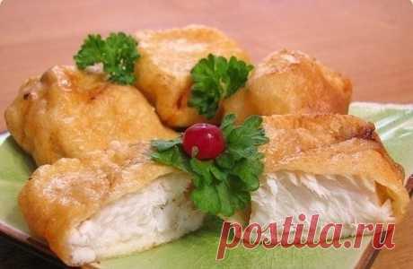 Рыба, жаренная в кляре  Ингредиенты: 500 гр филе рыбы соль перец специи по вкусу растительное масло  Кляр: 3 яйца 200 мл молока 200 гр муки соль