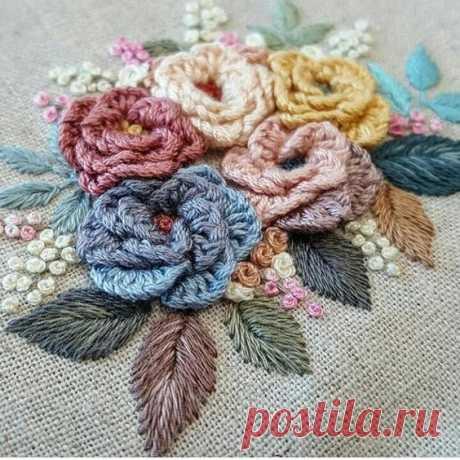 Объемная вышивка цветка