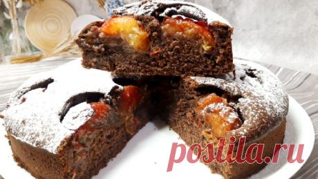 Шарлотка шоколадная со сливами – пошаговый рецепт с фотографиями