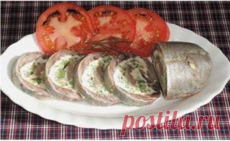Вкуснейшая и оригинальная закуска из сельди на праздничный стол Селедка сама по себе достаточно вкусное блюдо и рецептов из нее огромное множество.