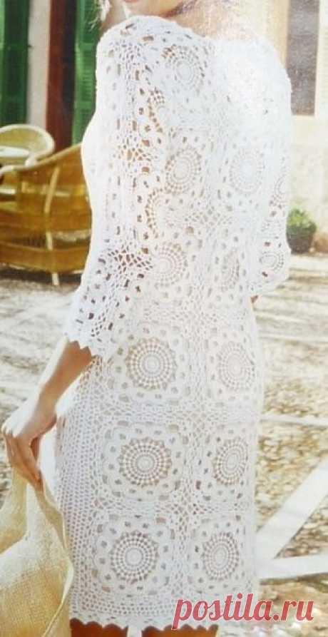 Шикарное платье из мотивов крючком. Вязание крючком вечерние платья схемы | Я Хозяйка
