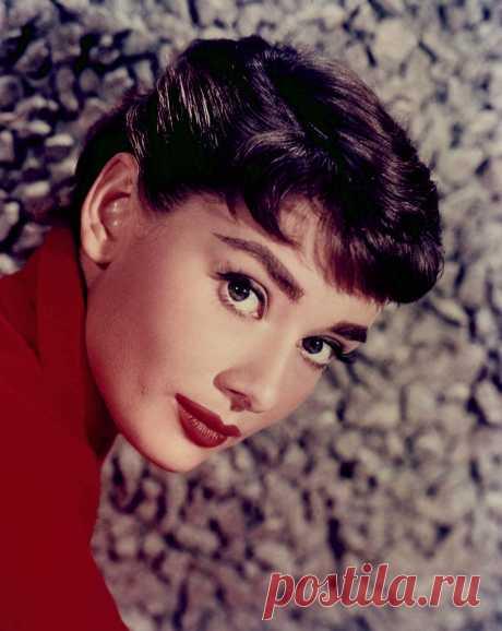 Одри Хепберн (Audrey Hepburn) - 4 мая, 1929 • 20 января 1993
