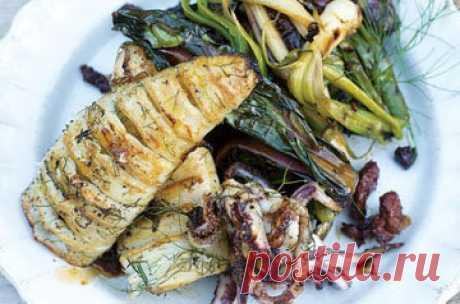Блюда из кальмаров  Почему надо готовить блюда из кальмаров? Вкусно, это раз; полезно, это два! Вот почитайте!