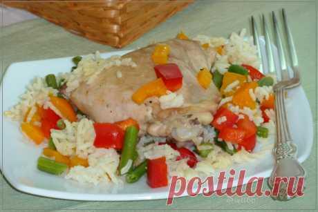 Курица с рисом и овощами в кокосовом молоке ( быстрый ужин в будний день)