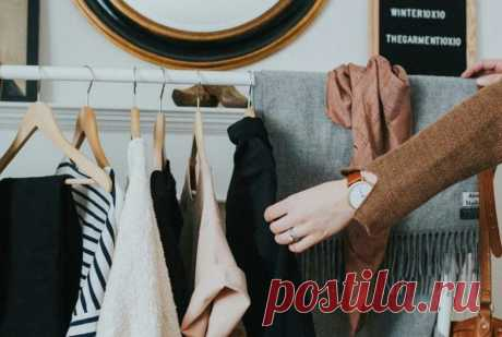 ¡8 trucos astutos, que ayudarán comprar la ropa cualitativa!