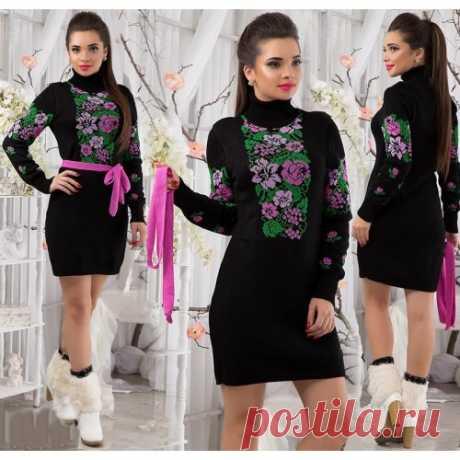Вязаное платье с цветами