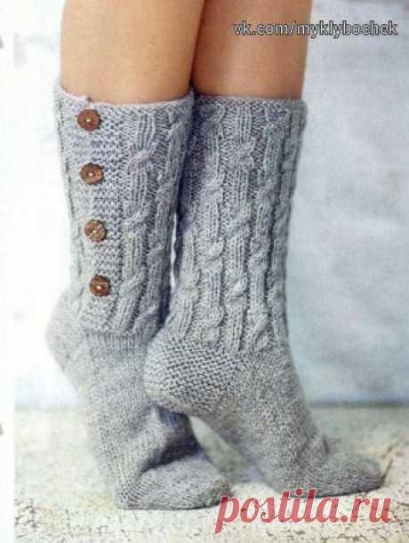 Носки с пуговицами спицами #вязание #спицами
