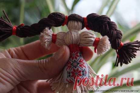 Как сделать куклу из нитей. Кукла-Оберег.
