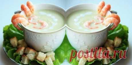 Суп-пюре из кабачков - прекрасный легкий суп в обеденное время!