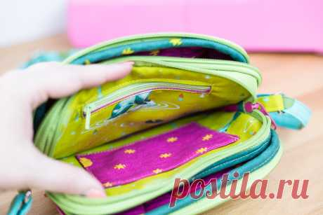 Triple Zipper Bag - Free Sewing Pattern with a Tutorial! — SewCanShe | Free Sewing Patterns and Tutorials