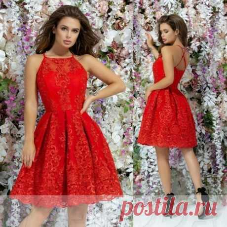 Кружевное пышное платье : оригинальное и нежное. Скидка всем. Доставка.