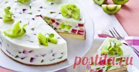 La torta - la jalea con las frutas