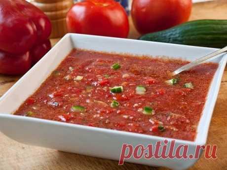 Гаспачо  Ингредиенты: красный болгарский перец 2 шт. красный винный уксус 1/4 стакана огурец (большой, без семян) 1 шт. оливковое масло 1/4 стакана помидоры (большие, спелые) 4 шт. соль и перец по вкусу табаско (по желанию) 1/2 ч. л. томатный сок 5 стаканов чеснок 8 зубчиков  Приготовление: Рецепту гаспачо уже много-много столетий, а он все равно остается одним из любимых блюд в разных странах. Ну что поделаешь, если это так вкусно) Один из главный ингредиентов этого супа,...