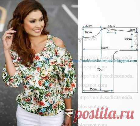 Simple pattern of a blouse