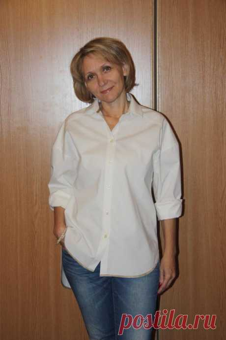 Как сшить женскую рубашку Рубашка, будучи исключительно мужским предметом одежды, сегодня стала неотъемлемой частью женского гардероба. Женская рубашка прекрасно сочетается с джинсами, юбками, жилетами, тренчами и пальто. Бела...