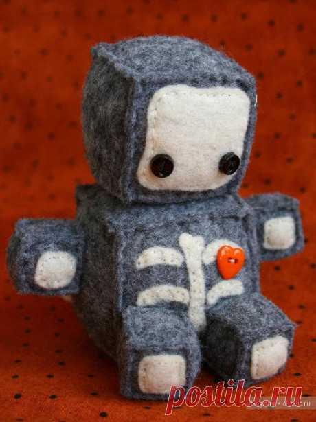 Шьем вместе с детьми: Мягкие игрушки-роботы — Рукоделие