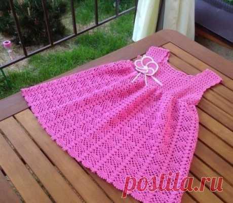 Платье для девочки, вяжем крючком