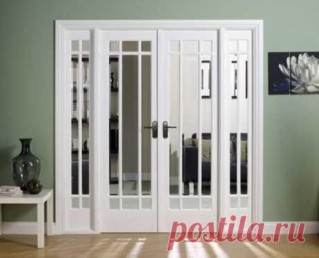 Выбираем межкомнатные двери: 4 самых популярных вида  Межкомнатные двери способны преобразить любое помещение и стать достойной составляющей дизайна интерьера. Важно еще задолго до окончания отделочных работ выбрать двери с тем способом открывания, которое подходит для каждой комнаты. На выбор влияет размер помещение, место расположения дверного проема, величина смежных комнат, стилевые особенности и многие другие факторы.  Рассмотрим классификацию дверей по способу открыв...