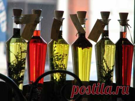 Vegetable oils for moistening of hair