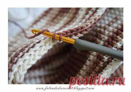 Техника вязания плотного полотна крючком. Хорош для прихваток и ковриков.