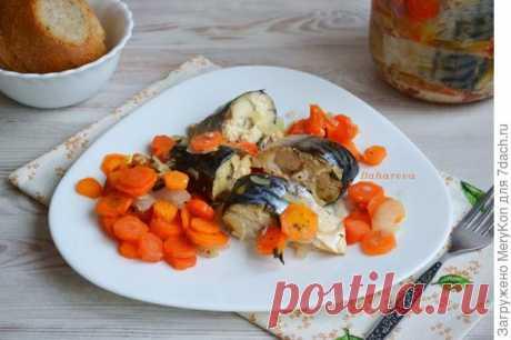 Рыба в банке. Рецепт приготовления скумбрии с овощами в собственном соку. Фото