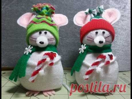 DIY~Adorable Christmas Mouse Made From Child's Dollar Tree Sock! EASY NO-SEW!